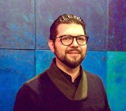 Medium artist marcio