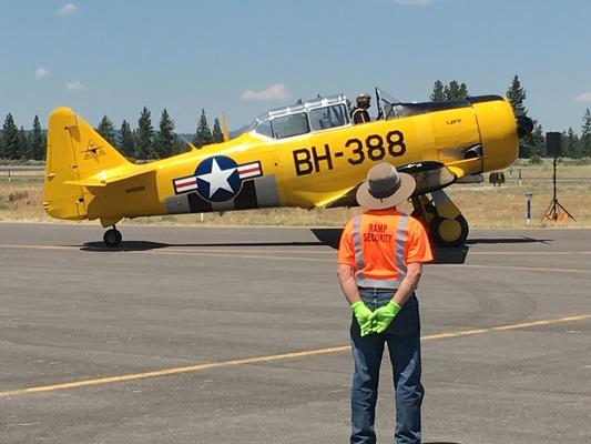 Slider airshow wwii yellow w phred