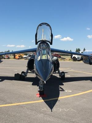 Slider airshow black jet