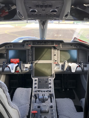 Slider pc 24 cockpit